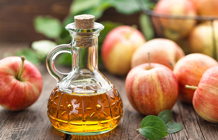 10.-Apple-Cider-Vinegar-And-Aloe-Vera-For-Hair-Growth