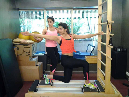 Deepika Padukone's Workout – A Blend Of Exercises