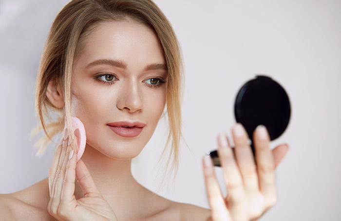 Amazing Makeup Tips And Tricks - Face Powder Tips