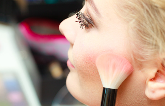 Amazing Makeup Tips And Tricks - Blush Tips