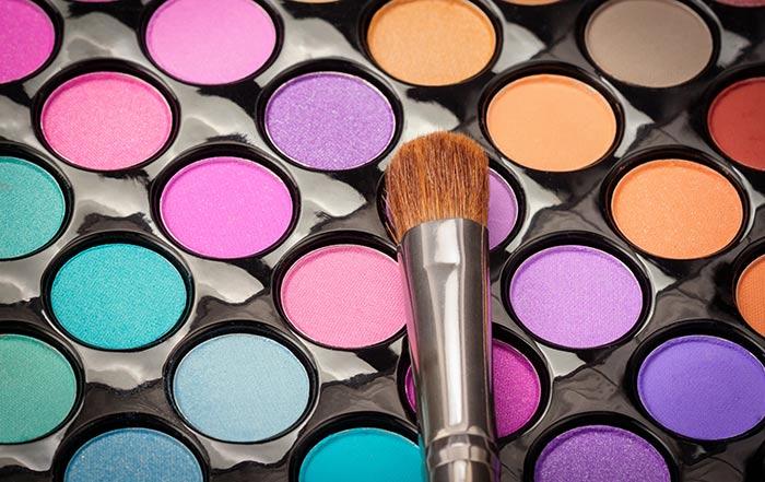 Amazing Makeup Tips And Tricks - Eyeshadow Tips