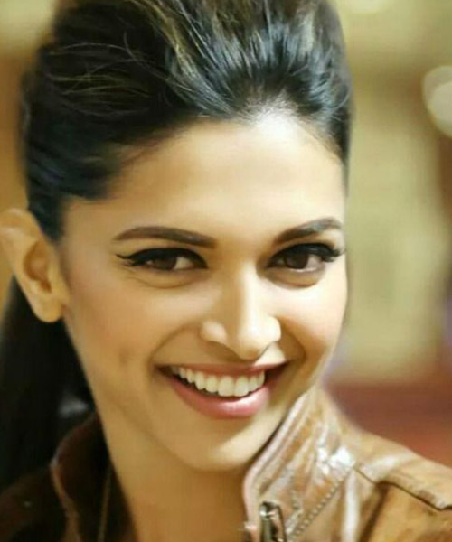 13. Deepika Padukone - Famous Celebrity With The Most Beautiful Eyes In The World