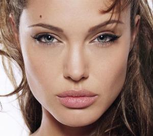 Great Techniques Of Jolie S Makeup