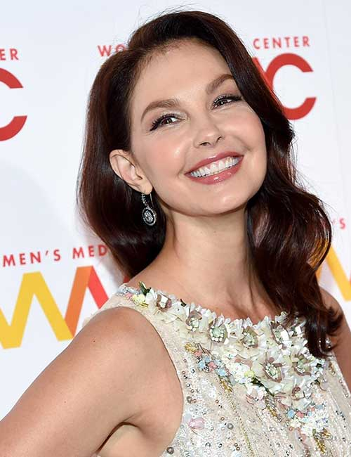 Best Hairstyles For Heart-shaped Face - Ashley Judd
