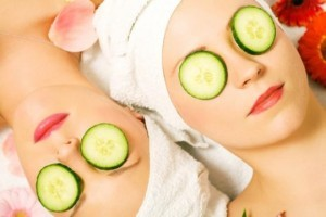Cucucmber-for-get-glowing-skin-