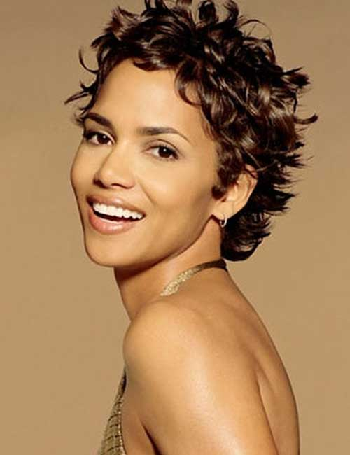 Best Hairstyles For Heart-shaped Face - Halle Berry