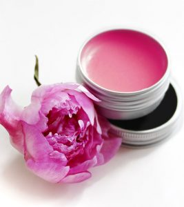 How To Make Your Own Lip Balms At Home – Top 15 DIYs