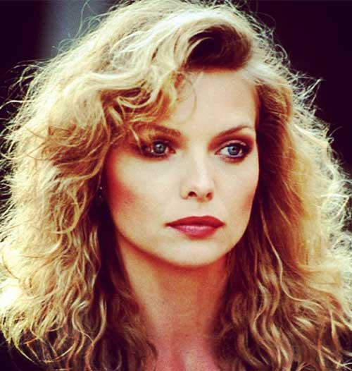 Best Hairstyles For Heart-shaped Face - Michelle Pfeiffer