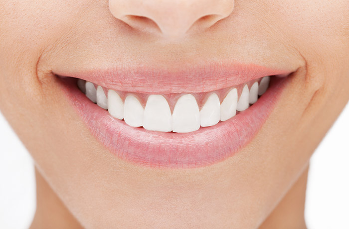 Beauty Benefits Of Baking Soda - Baking Soda For Whitening Teeth