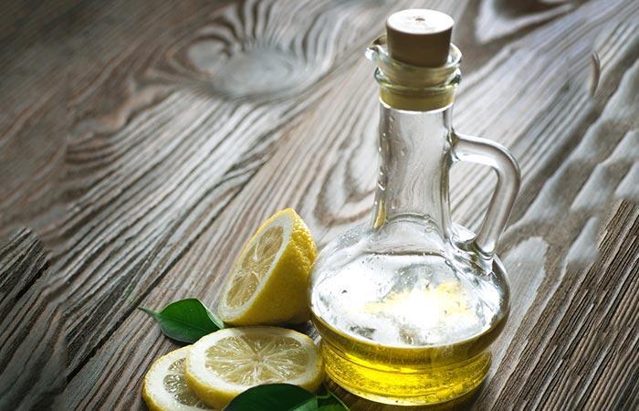 Olive-Oil-And-Lemon-Juice-For-Dark-Neck