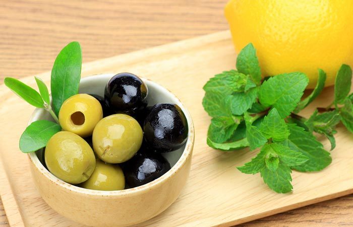 Mint, Olive, And Lemon Juice For Acne