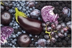 Blue and purple fruits for healthy skin