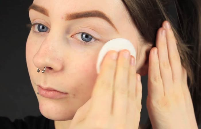 How To Hide Pimples With Makeup - Step 1 Cleanse and Moisturize Your Skin