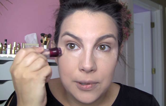 How To Hide Pimples With Makeup - Step 3 Apply Concealer