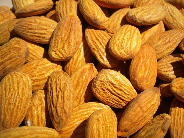 almonds for summer face pack