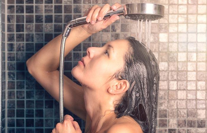 12. Onion Juice Hair Rinse