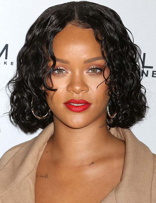 Short Hairstyles For Round Faces - Wet Styled Bob