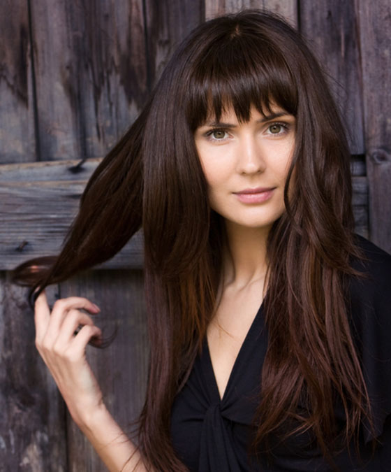 Best Layered Hairstyles With Bangs - Long Layers With Simple Straight Cut Bangs