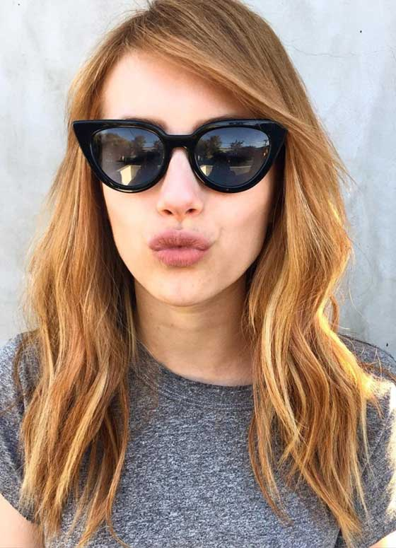 Best Layered Hairstyles With Bangs - Desert Rose Waves And Straight Bangs
