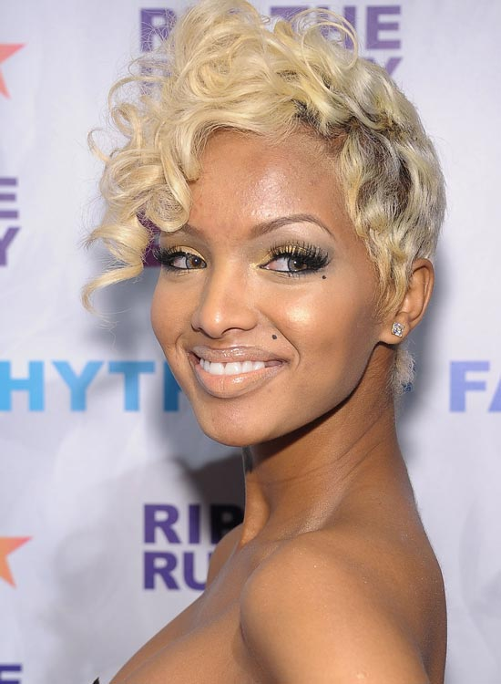 Golden-Blonde-Pixie-with-Curly-Top-Front