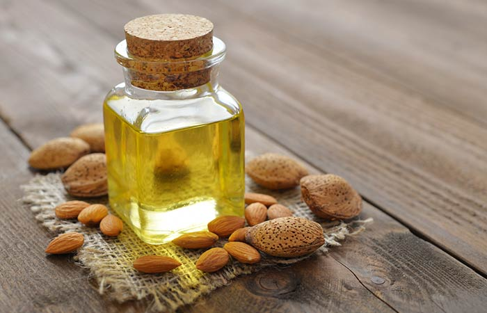 13. Potato, Honey, And Almond Oil Face Pack
