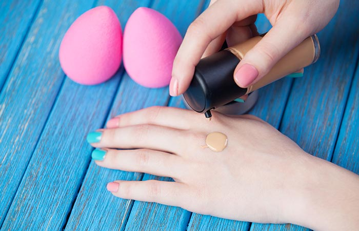 How To Apply Liquid Foundation - 3(ii) Beauty Blender