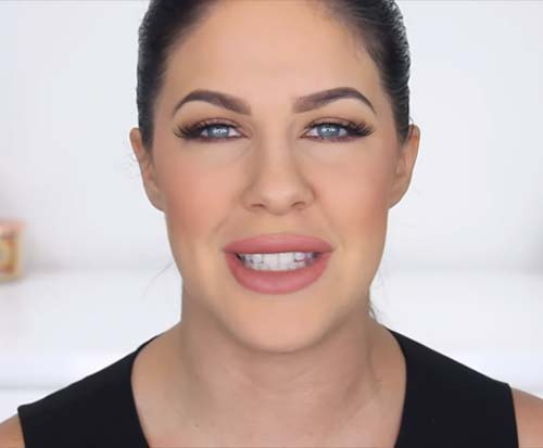 Makeup For Oily Skin - Finish The Rest Of Your Makeup