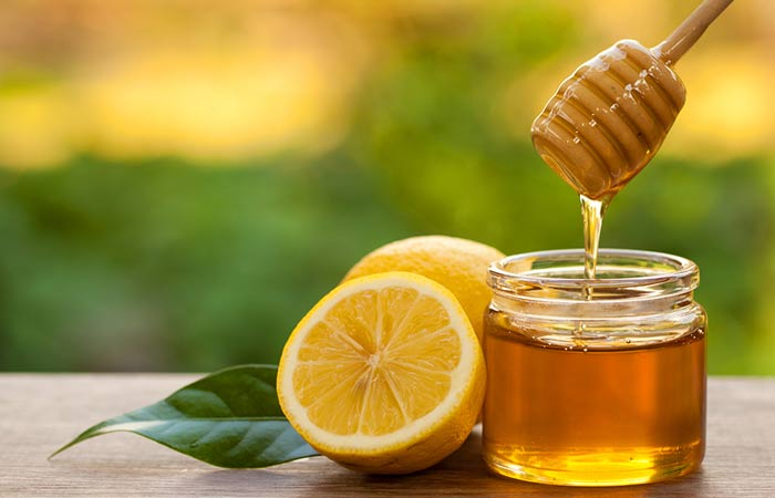 Flaxseed,-Lemon,-And-Honey-Face-Mask-For-Acne