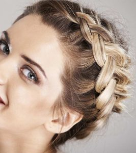 How To Make A Dutch Braid: A Step By Step Tutorial