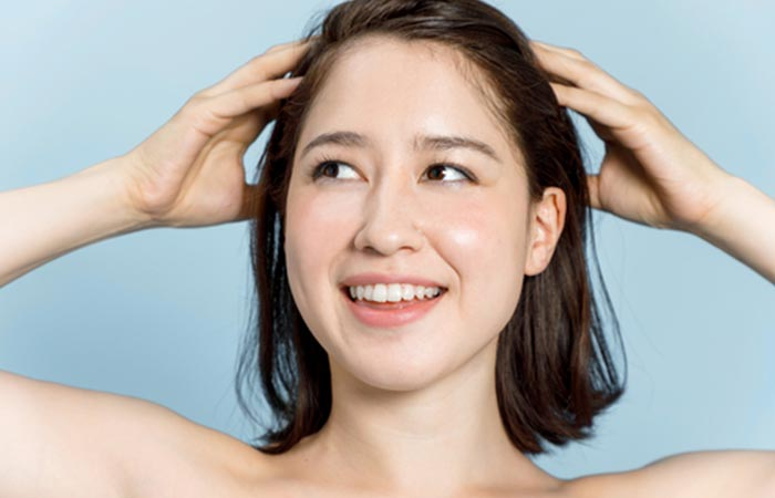 How To Massage Your Hair Properly With Hot Oil