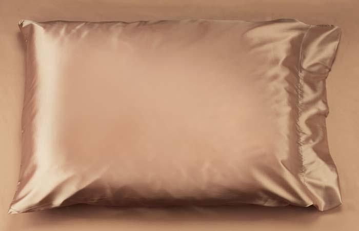 Curly Hair Tips - Satin pillowcase