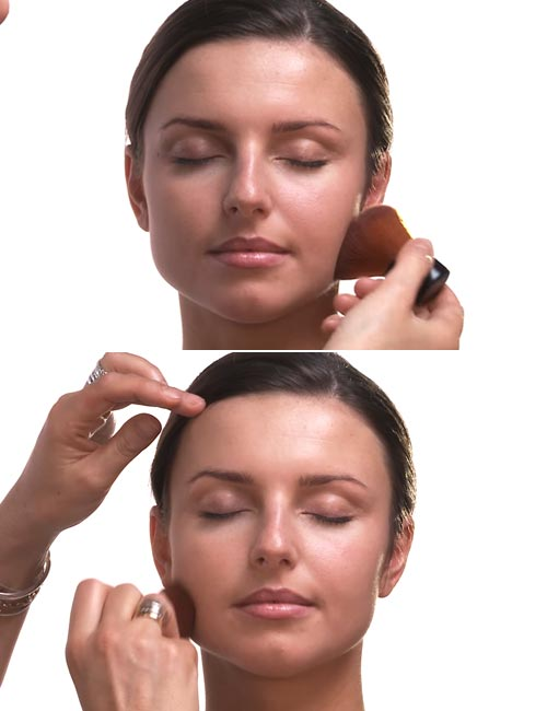 How To Apply Foundation - Step 3 Applying Loose Powder Foundation