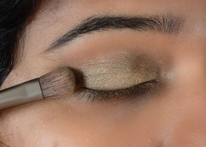Gold Eye Makeup Tutorial - Step 3: Pack On The Eyeshadow