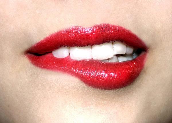 dark lips treatment