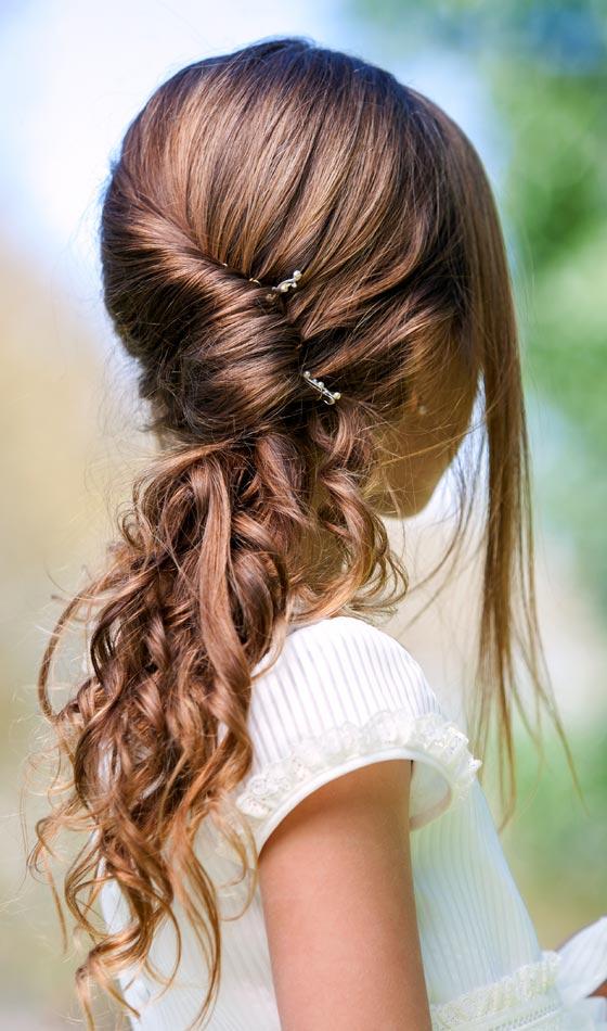 1.Pretty-Pinned-Hair