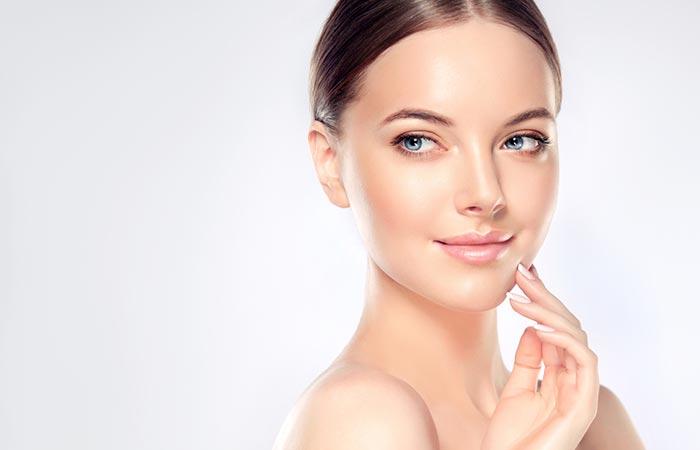 Banana Benefits - Moisturize Your Skin
