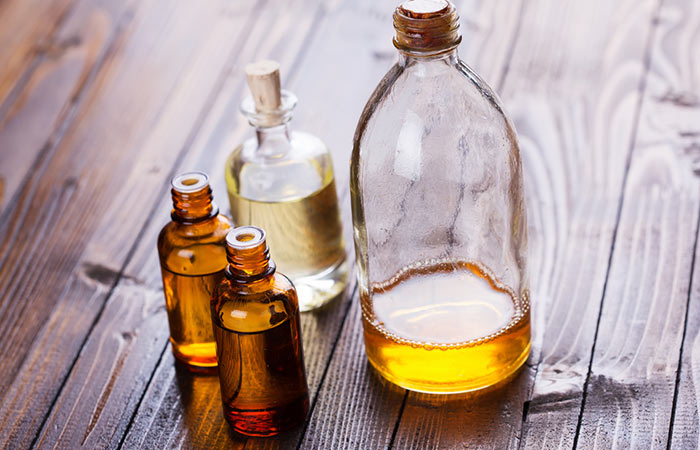 Almond,-Rosewood,-And-Sandalwood-Oils