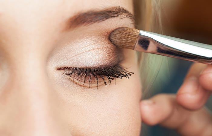 Eye Makeup Tips - Eyeshadow Tips For Beginners
