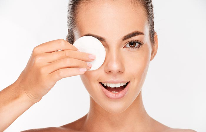 Eye Makeup Tips - How To Remove Eye Makeup?