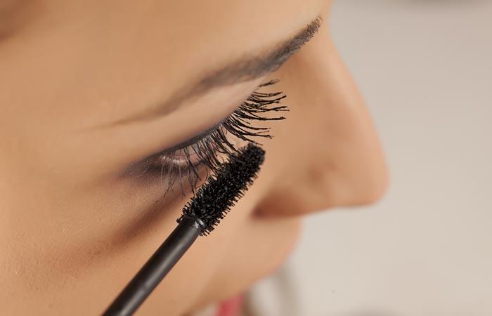 Eye Makeup Tips - Mascara Tips For Beginners