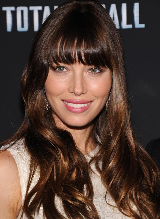 37. Shiny Fringed Waves With Highlights And Lowlights:
