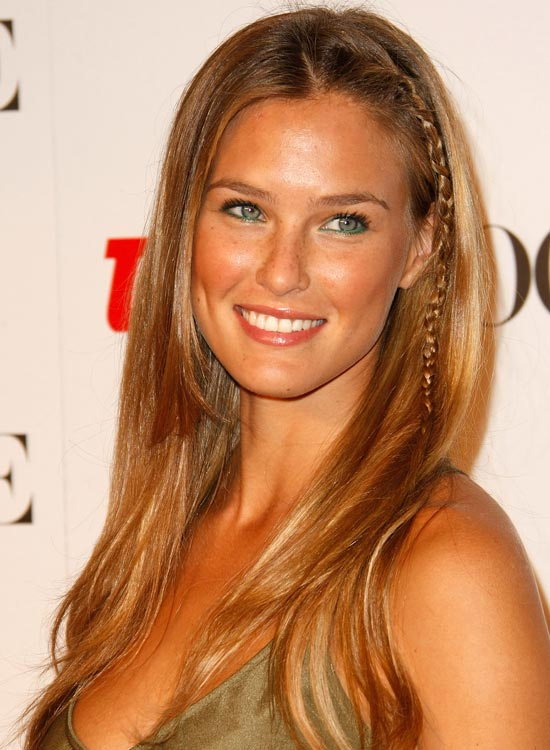 Single Braided Wavy Hair With Soft Layers: