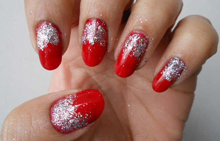 DIY – Easy Glitter Nail Arts