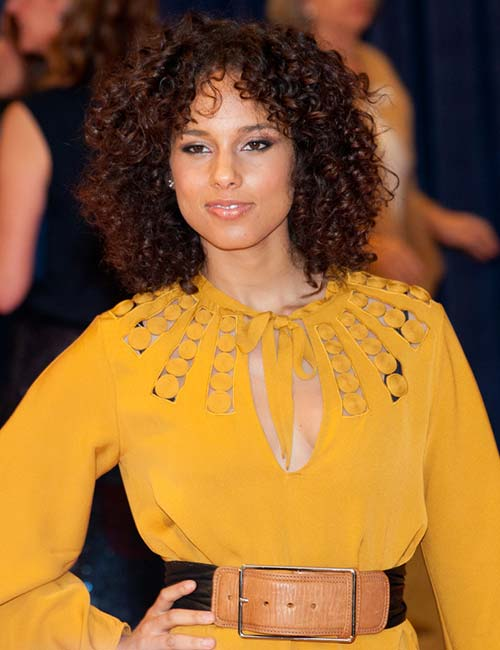 20 Amazing Layered Hairstyles For Curly Hair