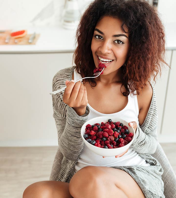 Best Diet Plan And Foods For Naturally Glowing Skin
