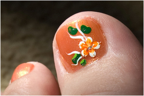Stamping on toe nails