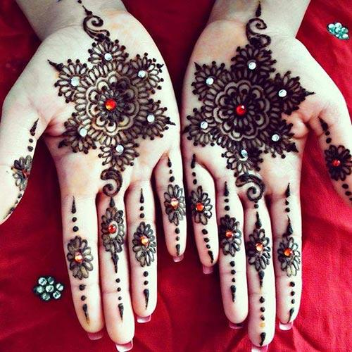 Glittery Mehendi Design