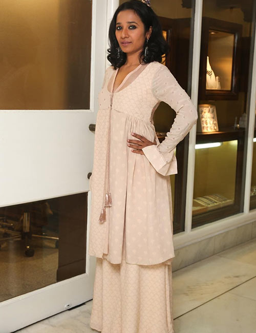 24. Tannishtha Chatterjee - Cute Indian Woman