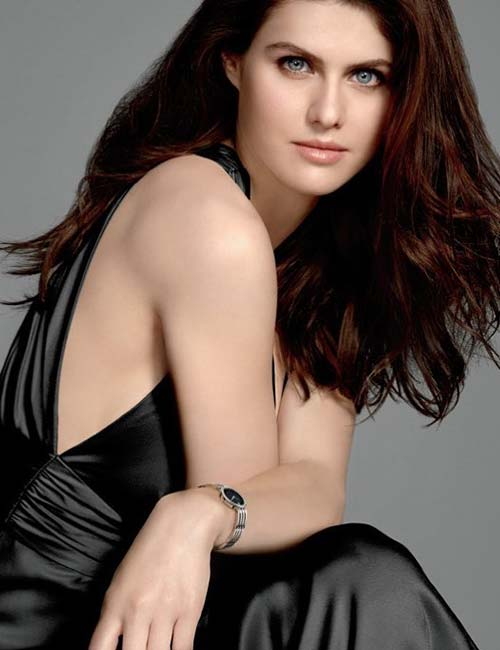 33. Alexandra Daddario - Gorgeous Woman In The World