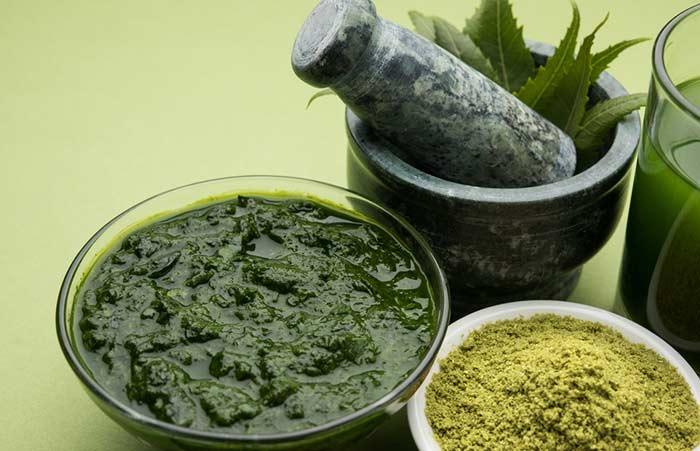 5. Neem, Curd, And Gram Flour For Acne Scars